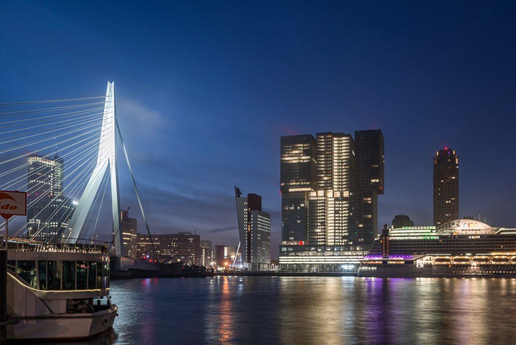 Erasmus bridge & De Rotterdam